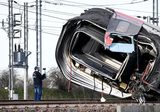 اثار-حادث-القطار