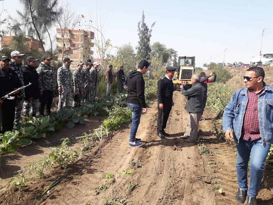 2- إزالة التديات على الاراضى الزراعية