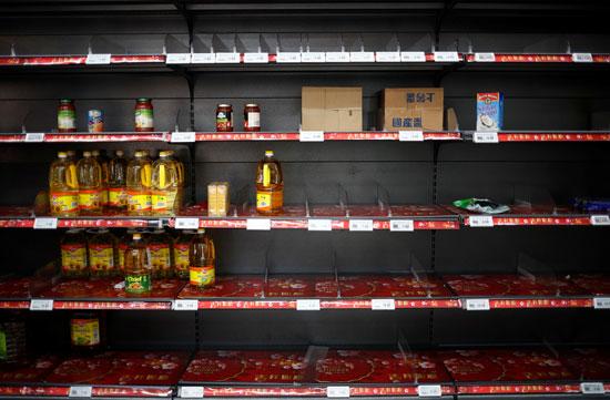 خلو المتاجر من المواد الغذائية