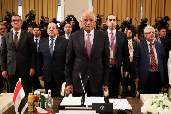 رئيس البرلمان المصري علي عبد العال يحضر جلسة طارئة لأعضاء البرلمان العربي