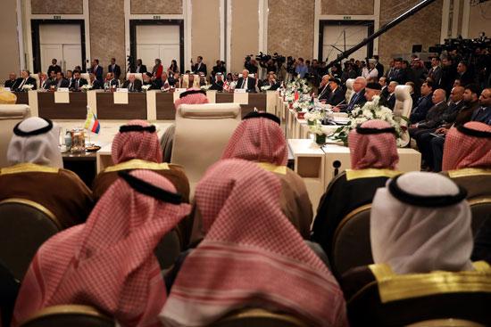 قادة البرلمانات العربية يحضرون جلسة طارئة لمناقشة خطة سلام الرئيس ترامب في عمان