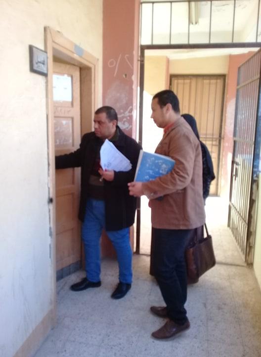 رئيس الوحدة المحلية لمدينة البلينا يتابع انتظام العاملين بالمدارس (2)