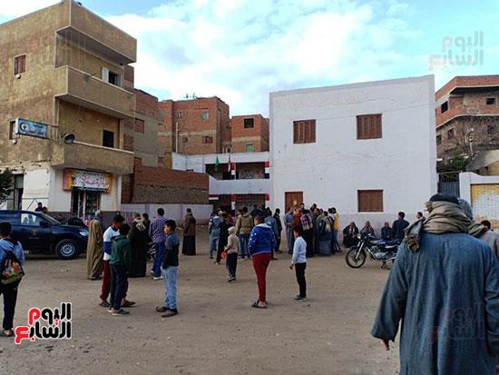 مدرسة الطفل مصطفى ضحية الإهمال بالشرقية (2)