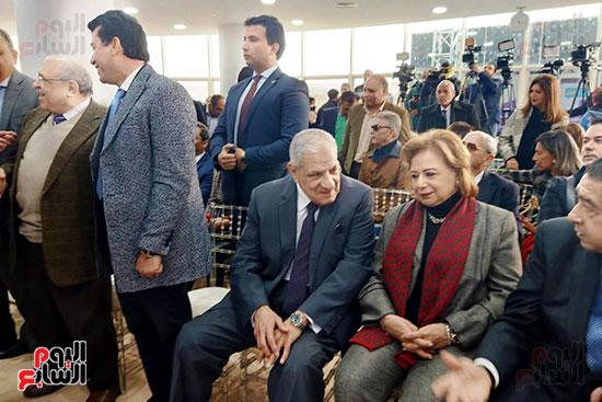 محلب-وعدد-من-الوزراء-والممثلين-باحتفالية-مستشفى-الناس-بالقليوبية-(19)