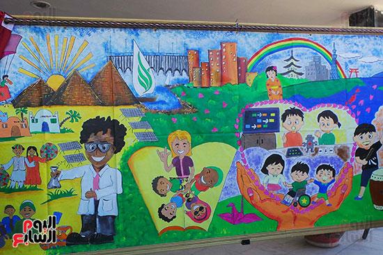 تلاميذ بطوكيو يعبرون عن ثقافتهم فى نصف جدارية فنية (1)