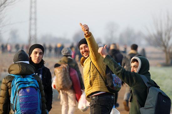 جانب-من-المهاجرين-يحاولون-دخول-اليونان-عبر-الأراضى-التركية