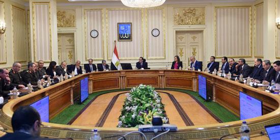 رئيس الوزراء يتابع أعمال العاصمة الإدارية (2)