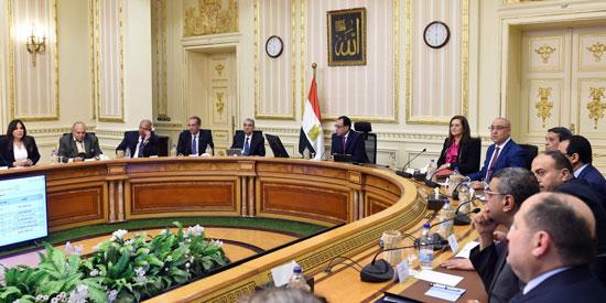 رئيس الوزراء يتابع أعمال العاصمة الإدارية (3)