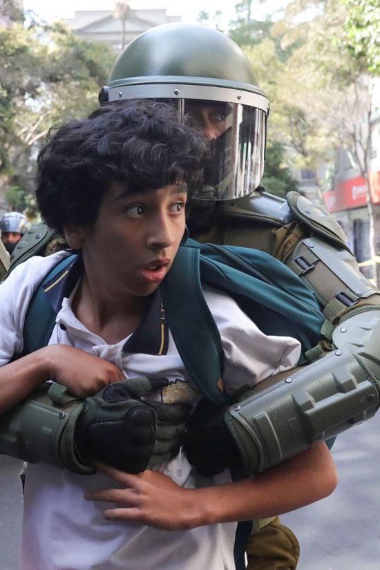 اعتقال الشباب