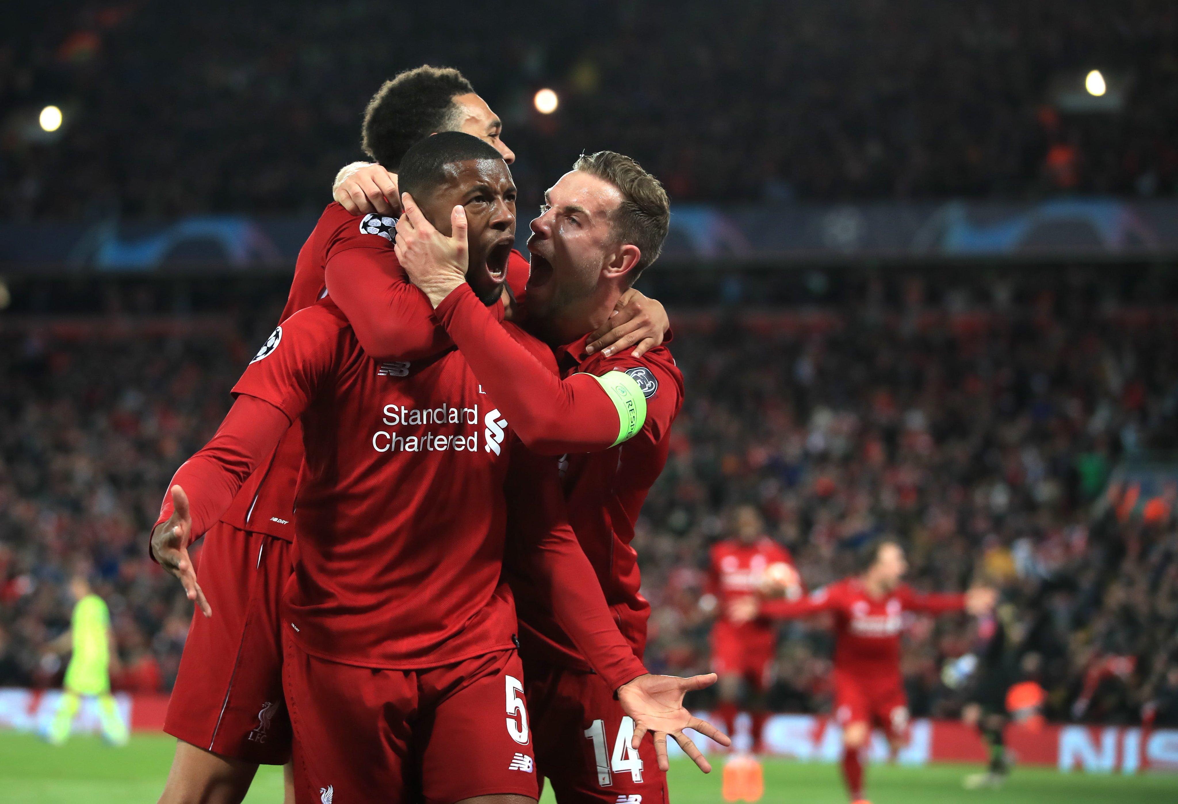 ليفربول يحتفل بالهدف الأول