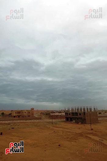 ستقرار نسبي في حالة الطقس بالغردقة ورياح متوسطة بغارب والزعفرانة مع ظهور سحب كثيفة (3)