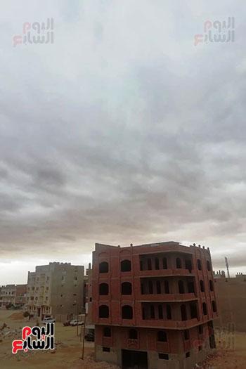 ستقرار نسبي في حالة الطقس بالغردقة ورياح متوسطة بغارب والزعفرانة مع ظهور سحب كثيفة (2)