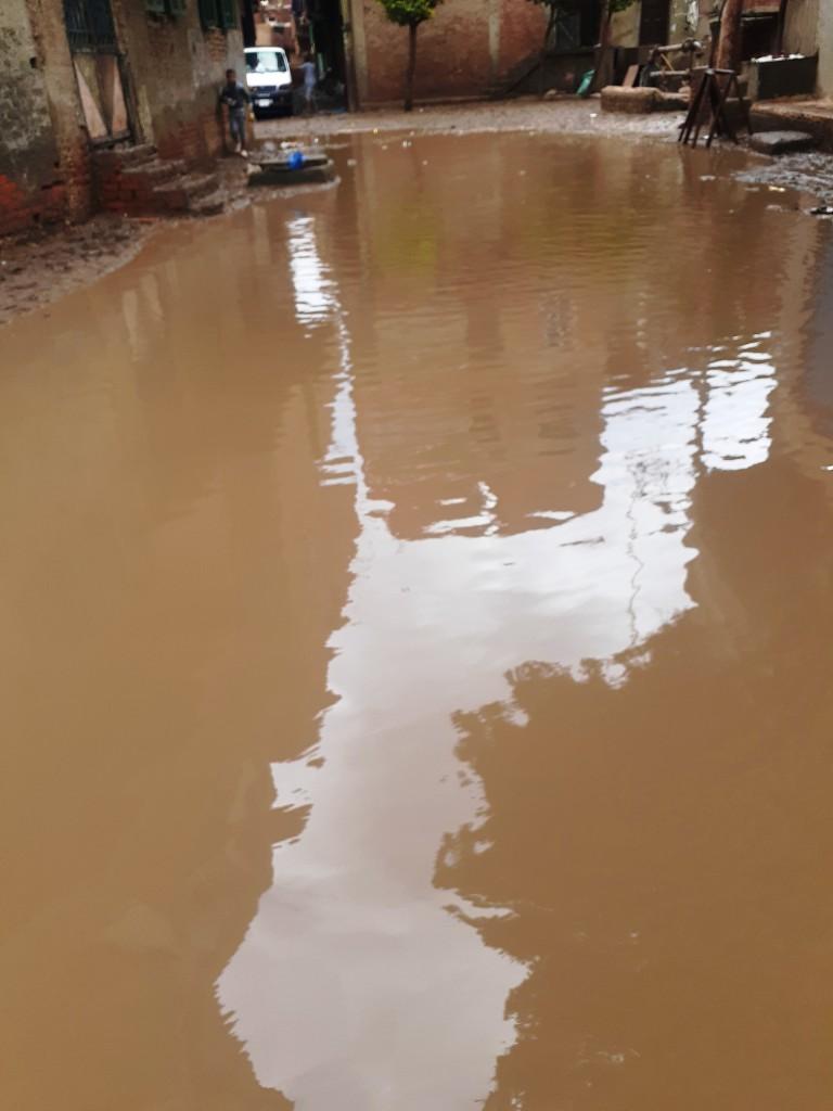 مياه الأمطار تحاصر قرية شطانوف بالمنوفية (17)
