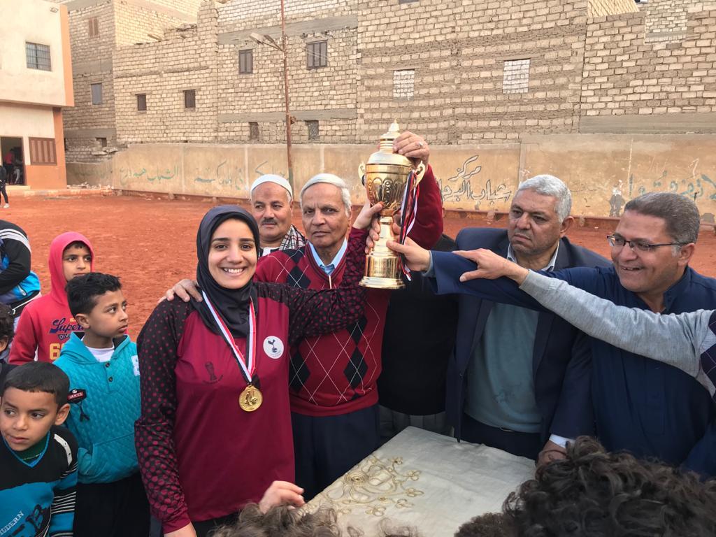 فريق كرة القدم النسائية بمركز شباب البرجاية بالمنيا (1)