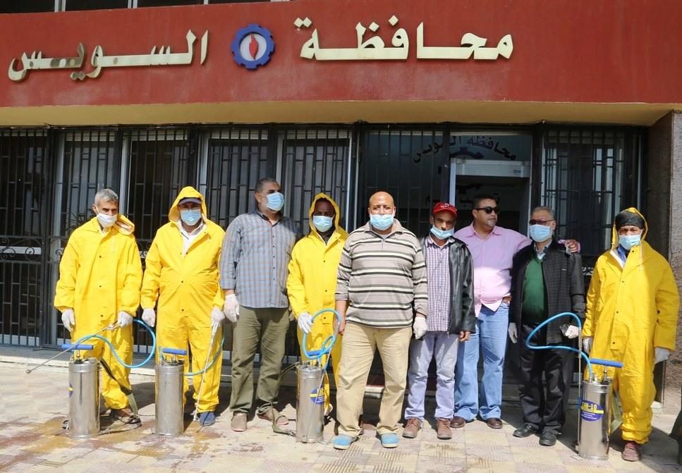 بدء حملة تطهير المنشآت الحكومية لمواجهة فيروس كورونا بالسويس (6)