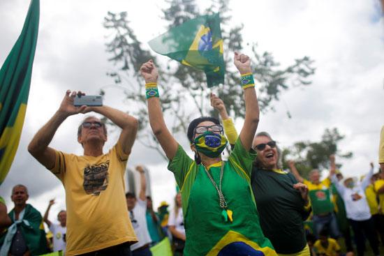 متظاهرون فى البرازيل