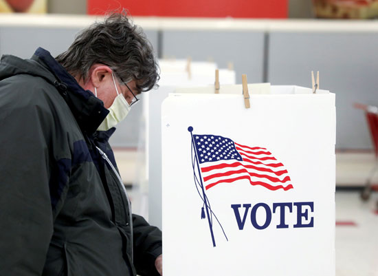 انتخابات وسط مخاوف من انتشار كورونا