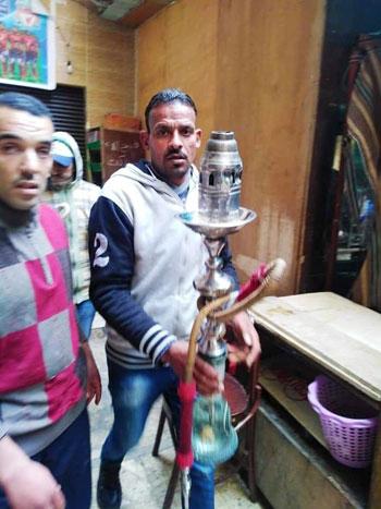 حملات على المقاهى لمصادرة الشيش (1)