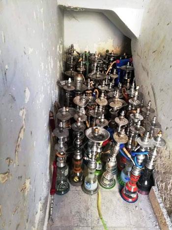 حملات على المقاهى لمصادرة الشيش (15)