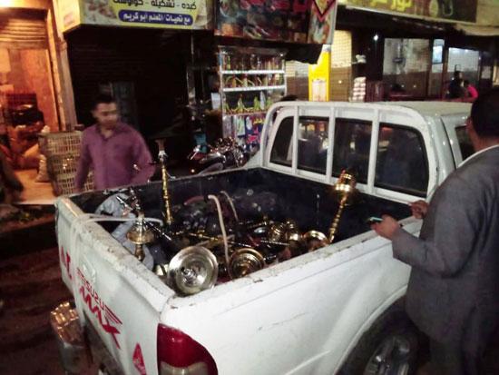 حملات على المقاهى لمصادرة الشيش (14)