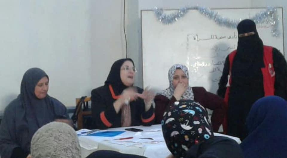 ندوات توعية للسيدات بالمجلس القومى للمرأة  (1)