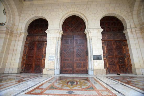 مسجد مغلق بالجزائر
