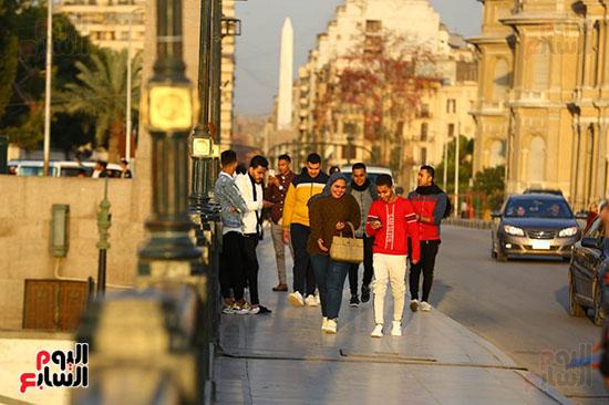 المواطنون بكورنيش النيل