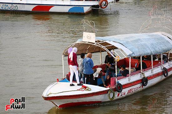 الرحلات النيلية