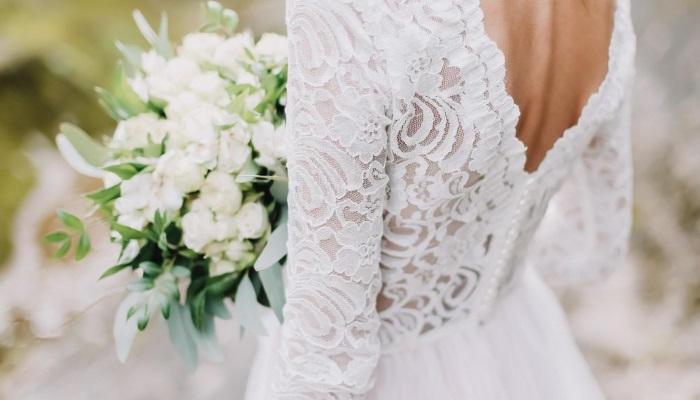 133-004123-postponing-wedding-coronavirus-6