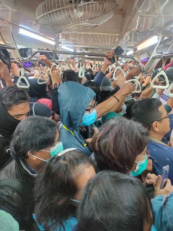 قطار-مزدحم
