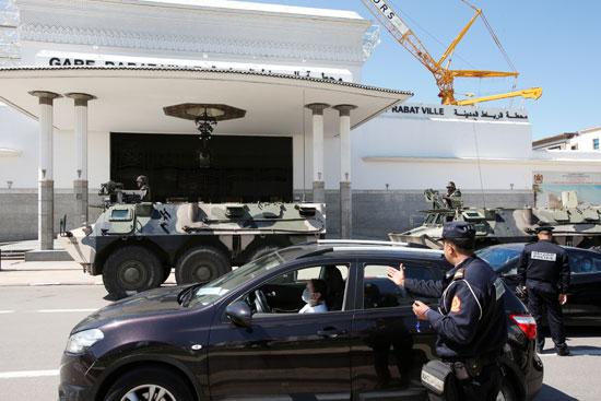 مركبات الجيش المغربى بالشوارع