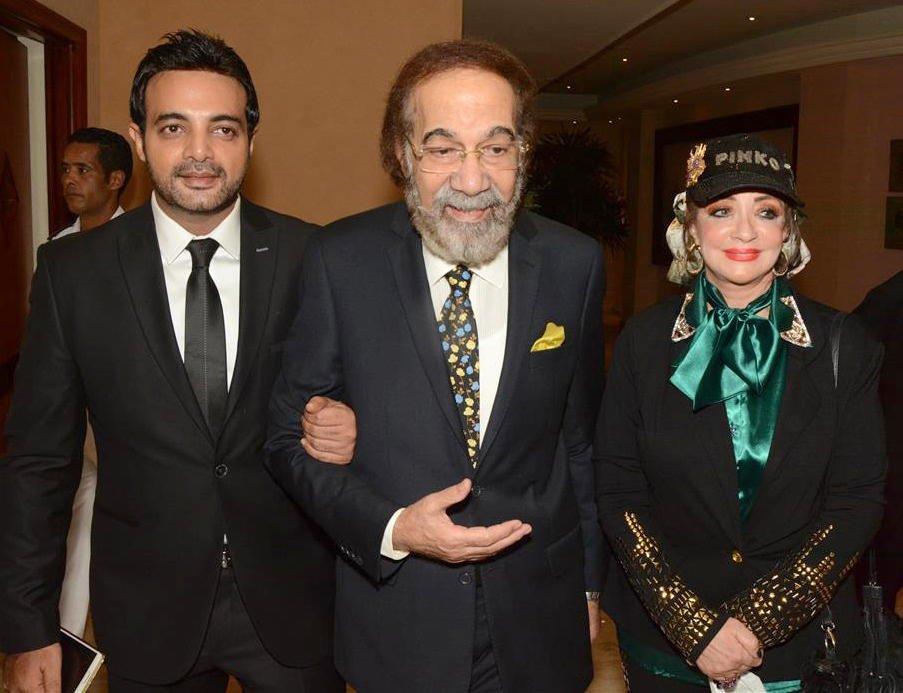 محمود ياسين ونجله عمرو وزوجته شهيرة