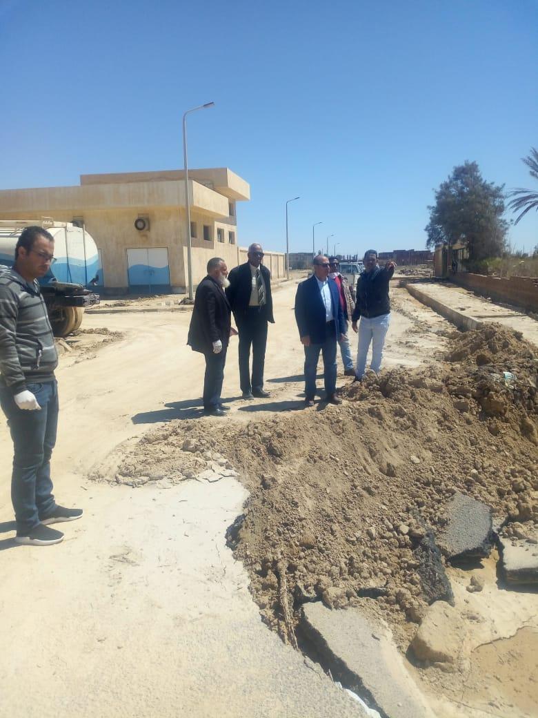 اللواء محمود نصار، رئيس الجهاز المركزى للتعمير، يتفقد المدن والقرى الأكثر تضرراً من السيول الشديدة