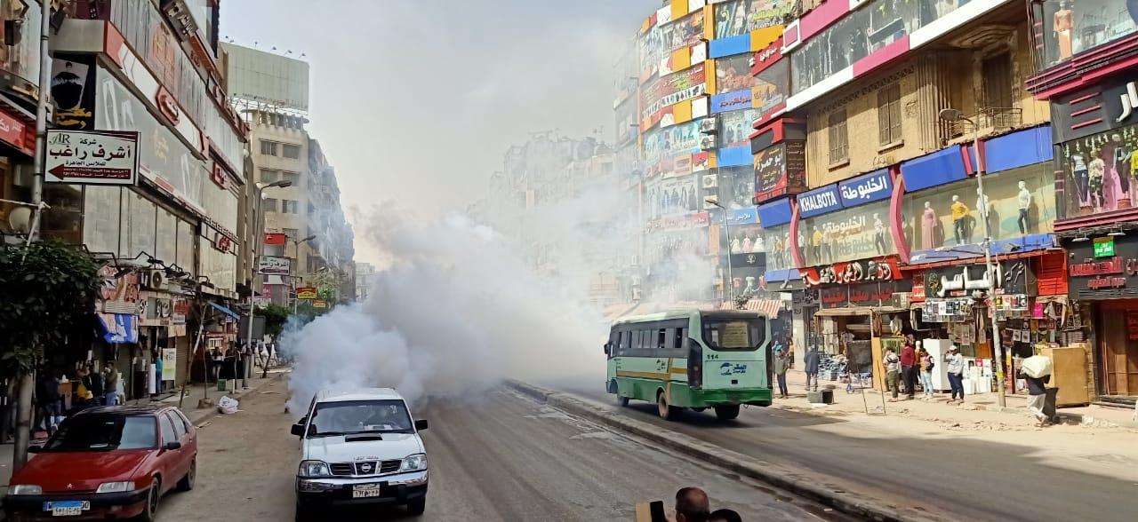 تطهير منطقتى الموسكى والعتبة بالقاهرة لمواجهة كورونا (3)