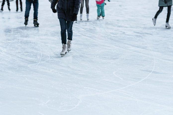 حلبة التزلج عن الجليد  (2)