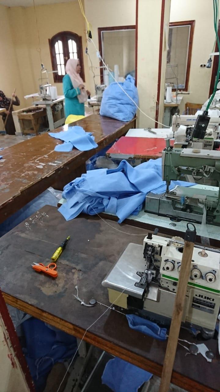 ضبط مصنع كمامات بالشرقية (4)