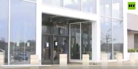 مراكز التسوق تغلق ابوابها