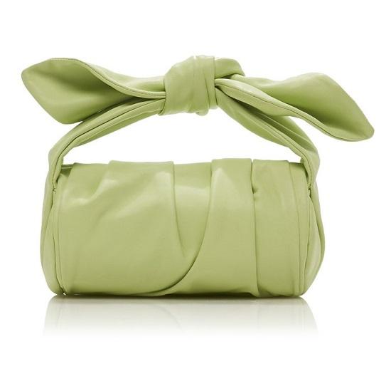 حقيبة بدرجة هادئة من الأخضر