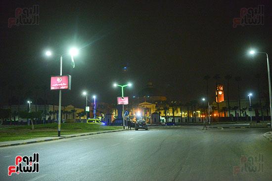 شارع-جامعة-القاهرة-يخلو-من-المارة