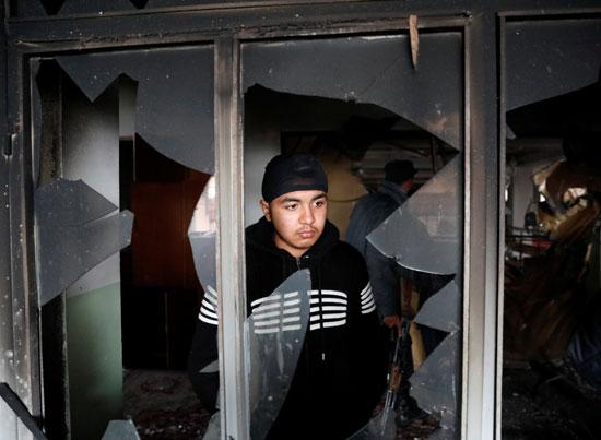 تحطم النوافذ جراء الانفجار