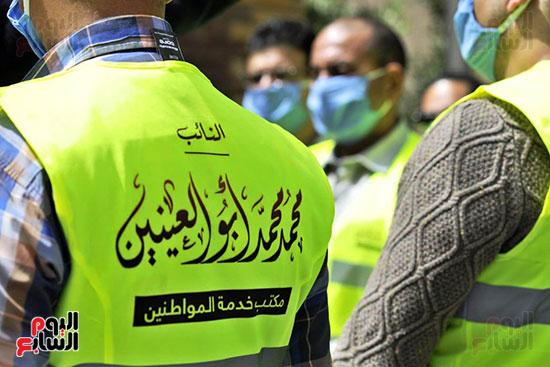 محافظ الجيزة وأبو العينين ينفذان مسحا شاملا لتطهير وتعقيم الشوارع والميادين (7)