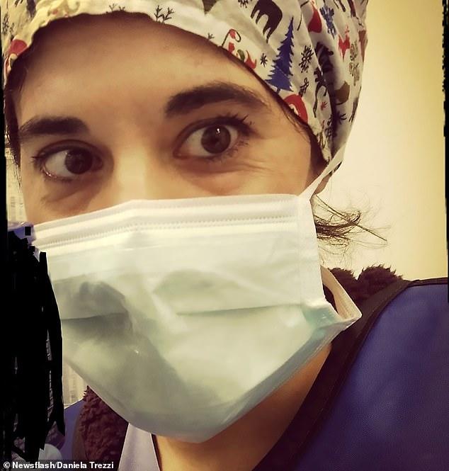 الممرضة