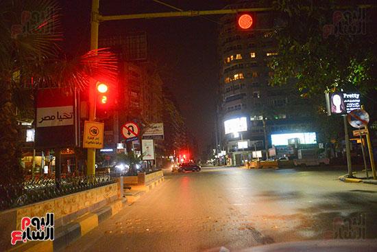 خلو-شوارع-القاهرة-من-المارة-فى-أول-أيام-حظر-التجوال