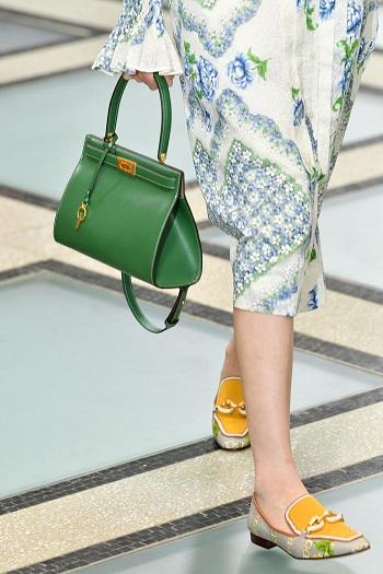 حقيبة خضراء من Tory Burch