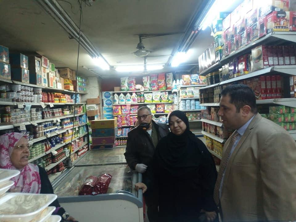 حملات لنائب محافظ القاهرة لمتابعة أسعار السلع  (1)