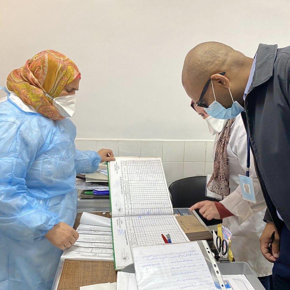 أثناء عمل منظمة الصحة