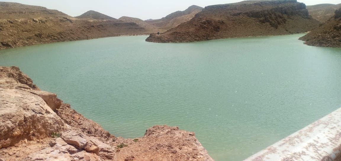 تخزين مليون متر مكعب من مياه السيول بسد الكرم بوسط سيناء (5)