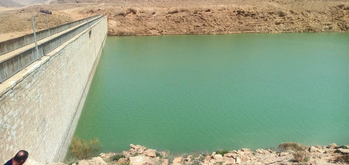 تخزين مليون متر مكعب من مياه السيول بسد الكرم بوسط سيناء (4)