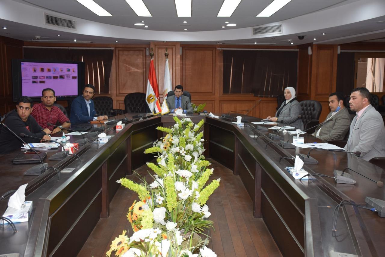 اجتماع الوزير 2