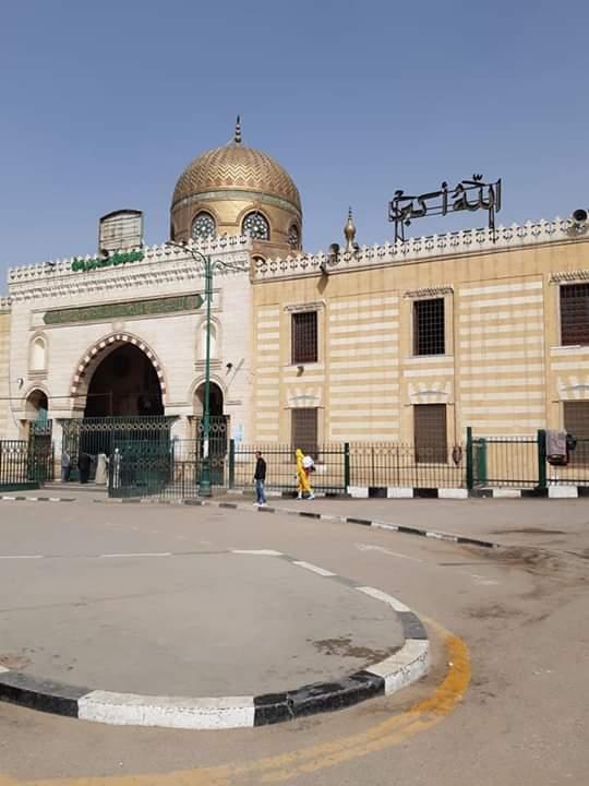 تعقيم شوارع القاهرة (1)